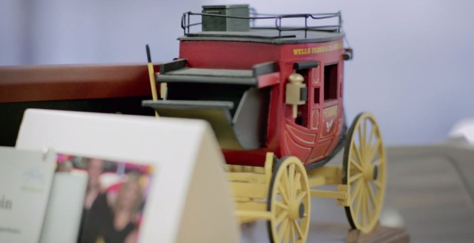 Wells Fargo leverages Tableau to tell the collective story of the customer